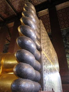 The Reclining Buddha's Toes! At Wat Pho, Bangkok