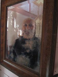 Selfie in antique mirror, Vongburi House.