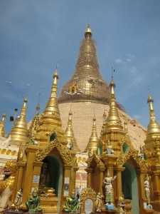 Yangon's Shwedagon Paya