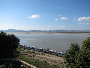 Ayeyarwaddy River, near Bagan.