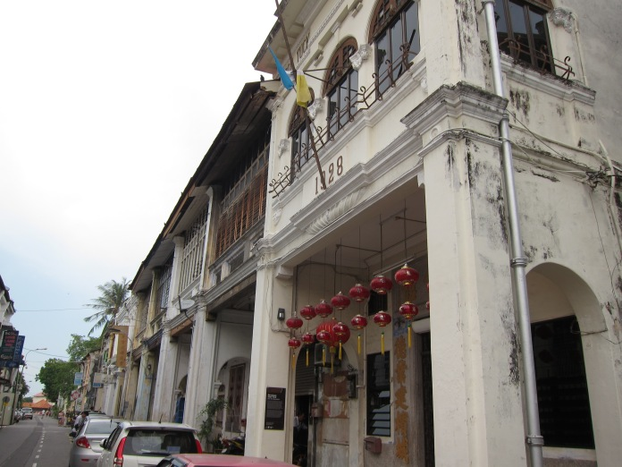 Colonial Buildings.